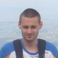 <h3>Michał Bobrecki</h3>